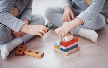 recommend some educational toys and puzzles for the age group 2 – 5 years